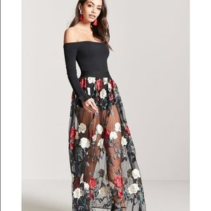 Mesh maxi floral embroidered skirt